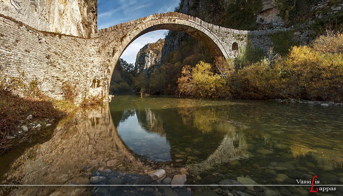 Πέτρινο γεφύρι Νούτσου ή Κόκκορου - Βασίλης Λάππας